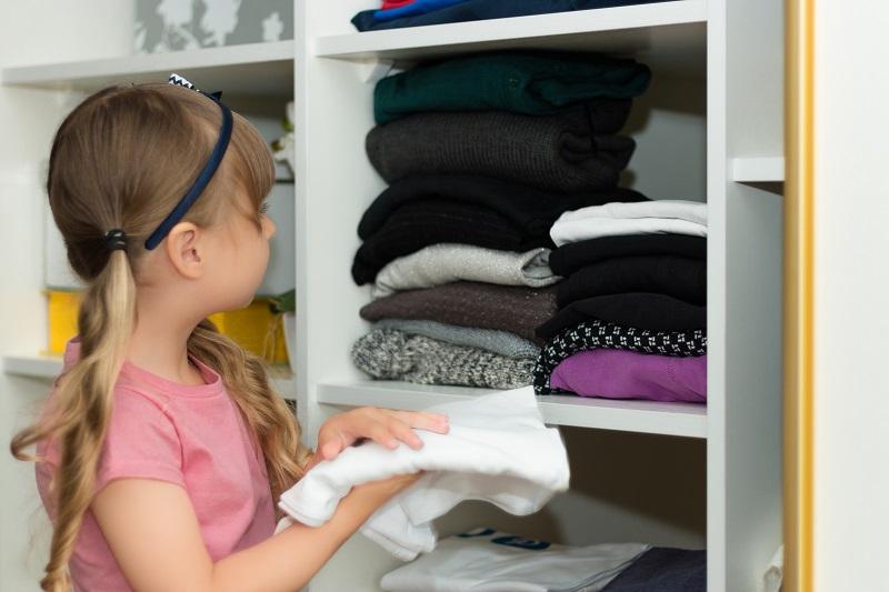 Nejčastější chyby, kterým se vyhnout při rozvržení vnitřku vestavěné skříně