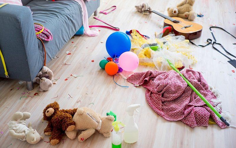 5 znaků, že máte doma nepořádek a je čas pořídit si vestavěnou skříň