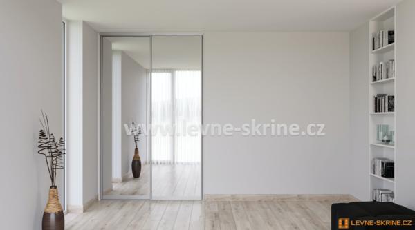 Vestavěná skříň dvoudveřová zrcadlo čiré