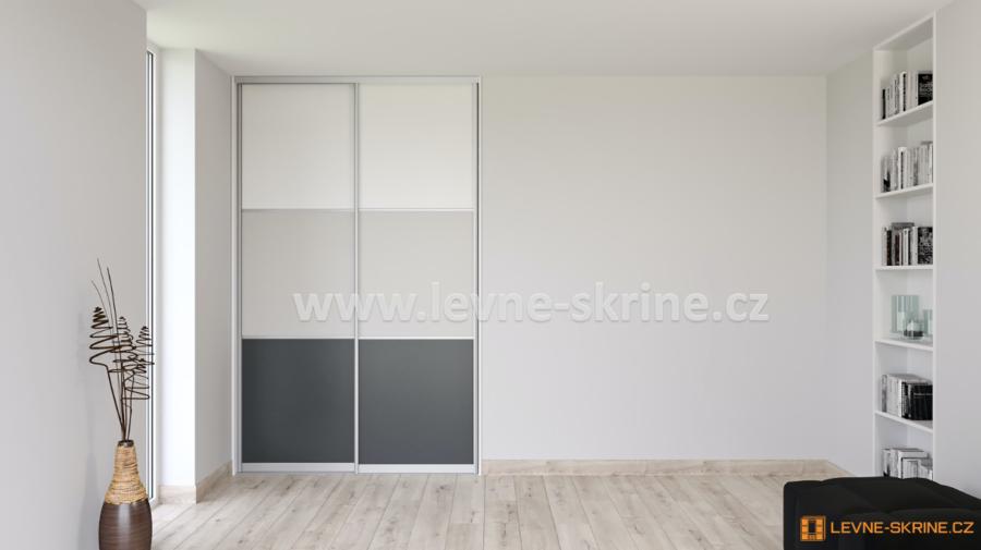 Vestavěná skříň dvoudveřová 3x dělené dveře