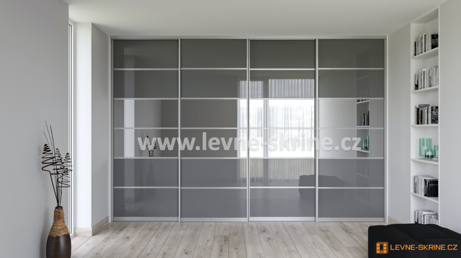 Vestavěná skříň čtyřdveřová 6x dělené dveře Lacobel šedý, zrcadlo grafit