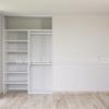 Vnitřek vestavěné skříně - dvoudveřová