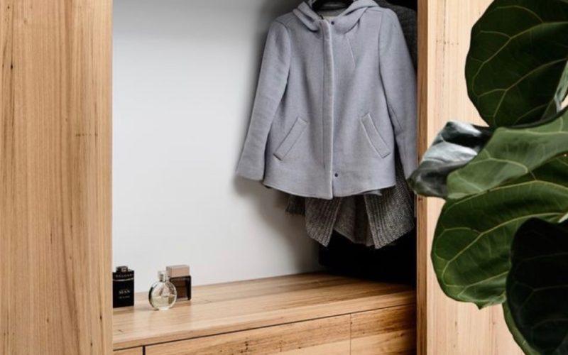 Vstupní chodba: Jak na velkorysé úložné prostory s minimem místa?